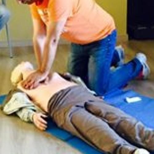 Corsi sull'uso del BLS-D (defibrillatore)