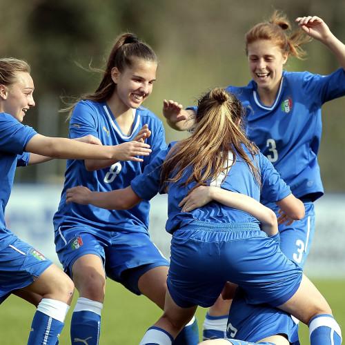 """Calcio a 11 femminile, Rinaldi """"Donne in gioco contro ogni pregiudizio"""""""